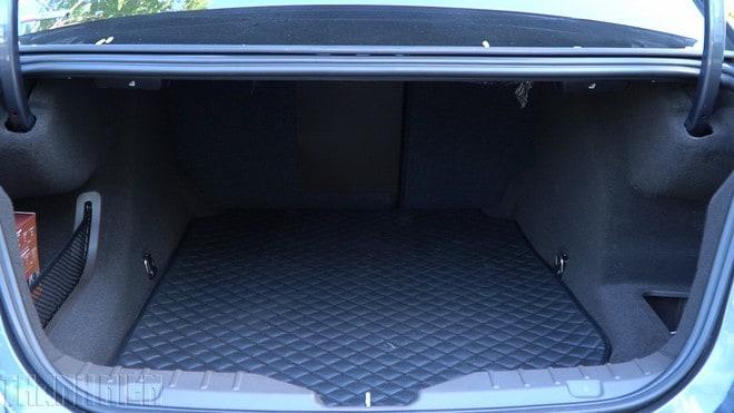 Khoang hành lý xe Vinfast Lux A2.0