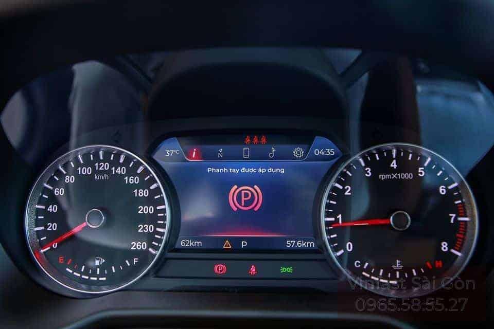 Đồng hồ hiển thị thông tin xe VinFast Lux SA 2.0