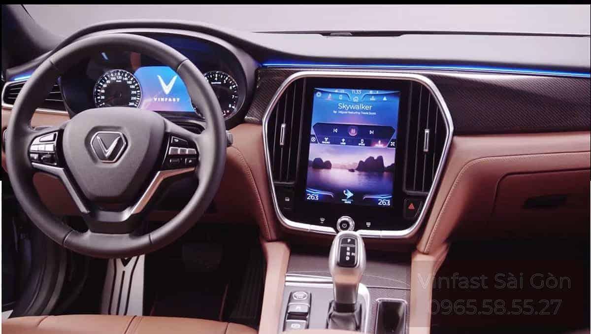 nội thất xe vinfast lux a2.0 ở khoang lái