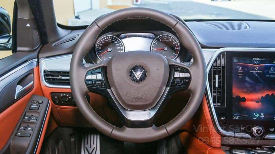 Vô lăng bọc da xe VinFast Lux SA2.0