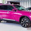 vinfast lux sa bản cao cấp màu hồng pink