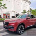 xe vinfast lux sa bản cao cấp màu đỏ mystyque red