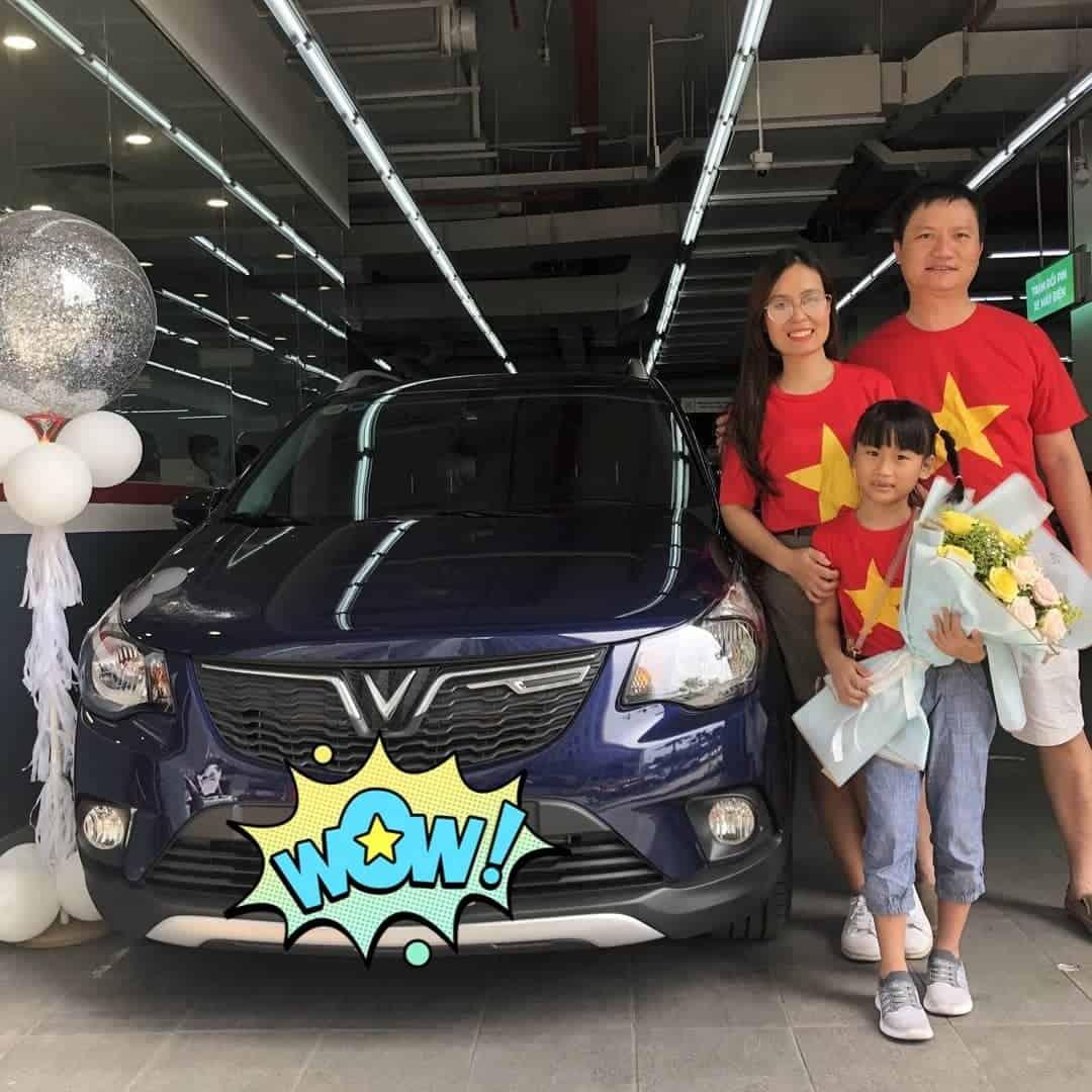 lễ bàn giao xe vinfast fadil cho gia đình khách hàng