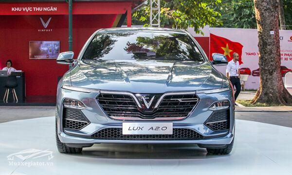 dau-xe-vinFast-lux-a20-2019-sedan-muaxegiatot-vn-2
