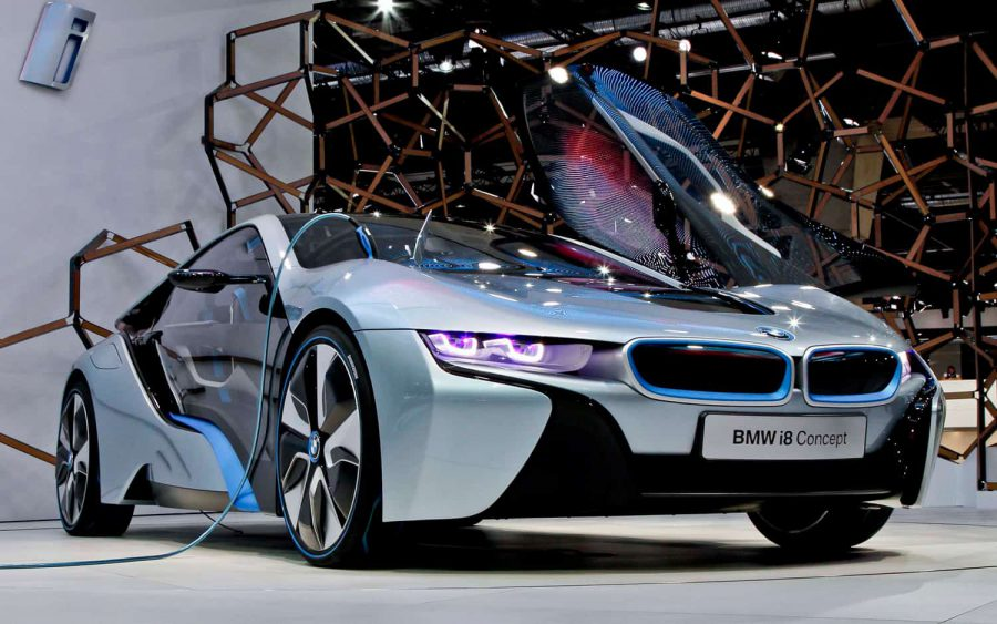 BMW i8 Concept front three quarters1