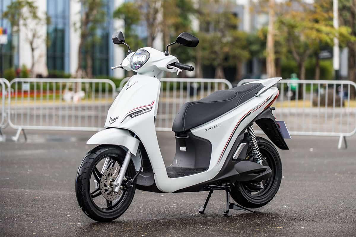VinFast ra mắt hai xe máy điện mới - VnExpress