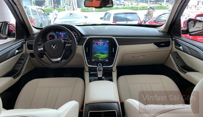 hàng ghế trước nội thất da nappa be của VinFast Lux SA2.0 bản cao cấp (premium)